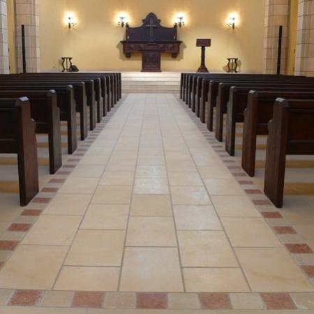 chiesa-giappone-1-2009-min